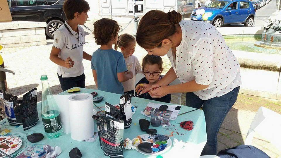 activité pour les enfants lors d`événements festifs, fête de village ou quartier